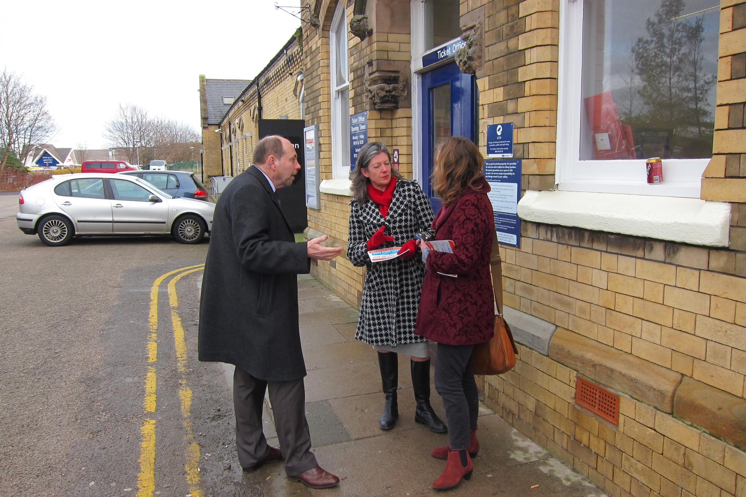 Julia Tickridge talks to Weaver Vale constituents