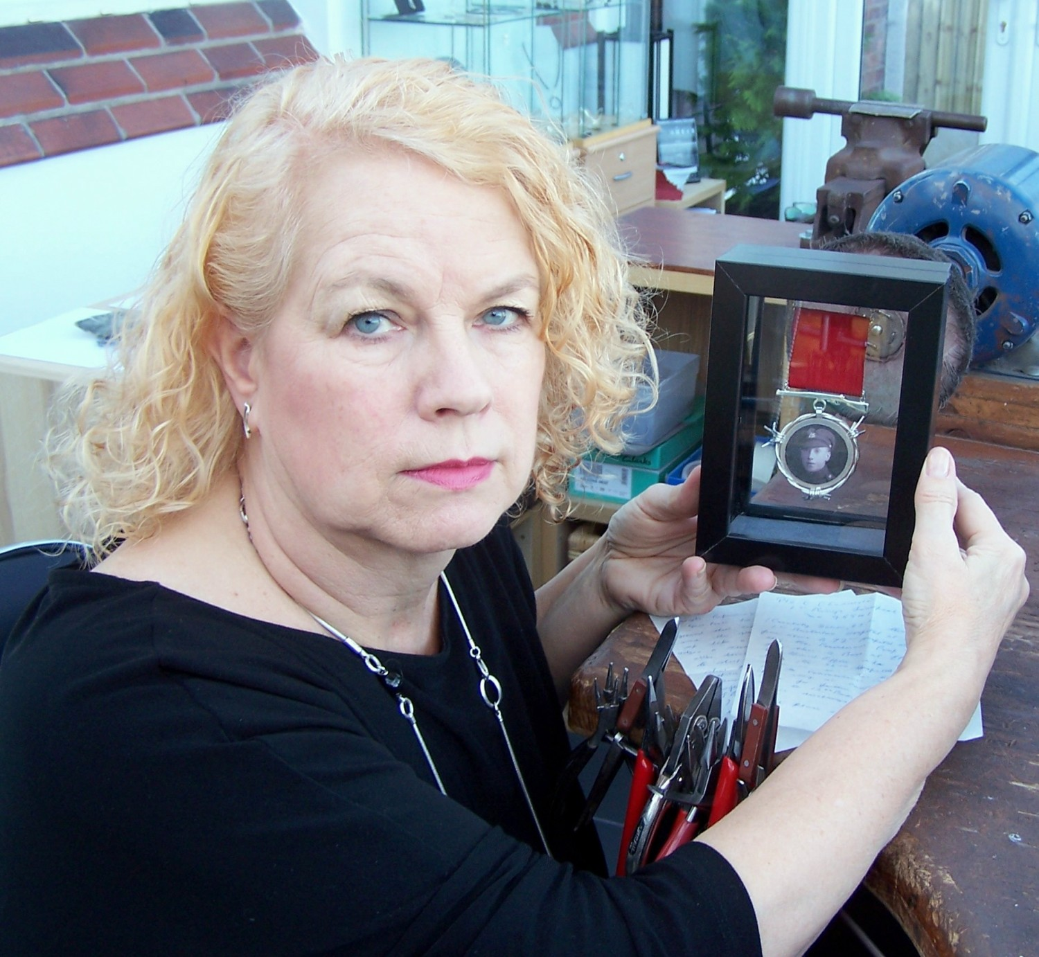 Davenham jewellery maker's First World War tribute