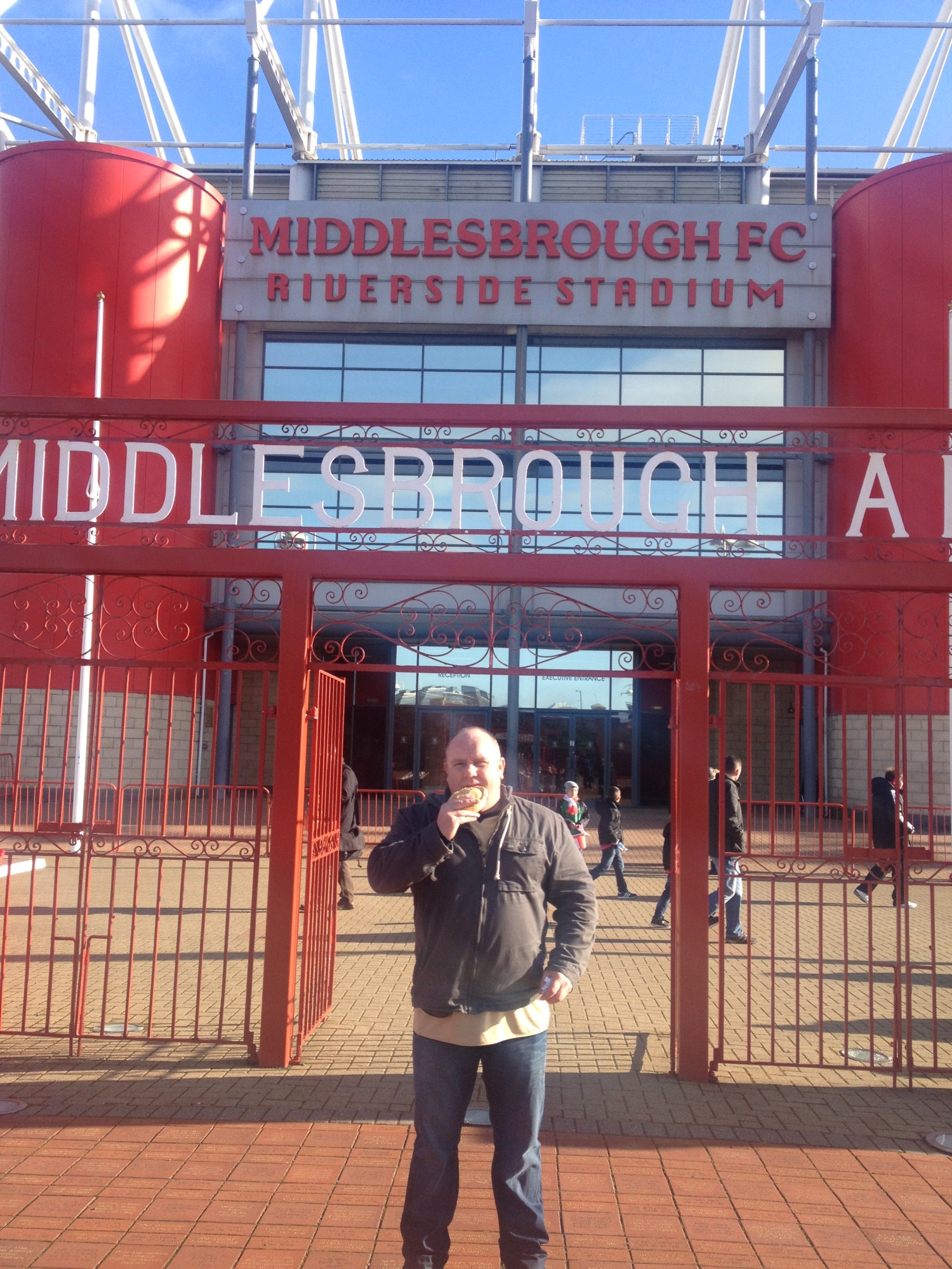 Northwich Guardian: Wayne Garnett enjoys his pie at Middlesbrough FC.