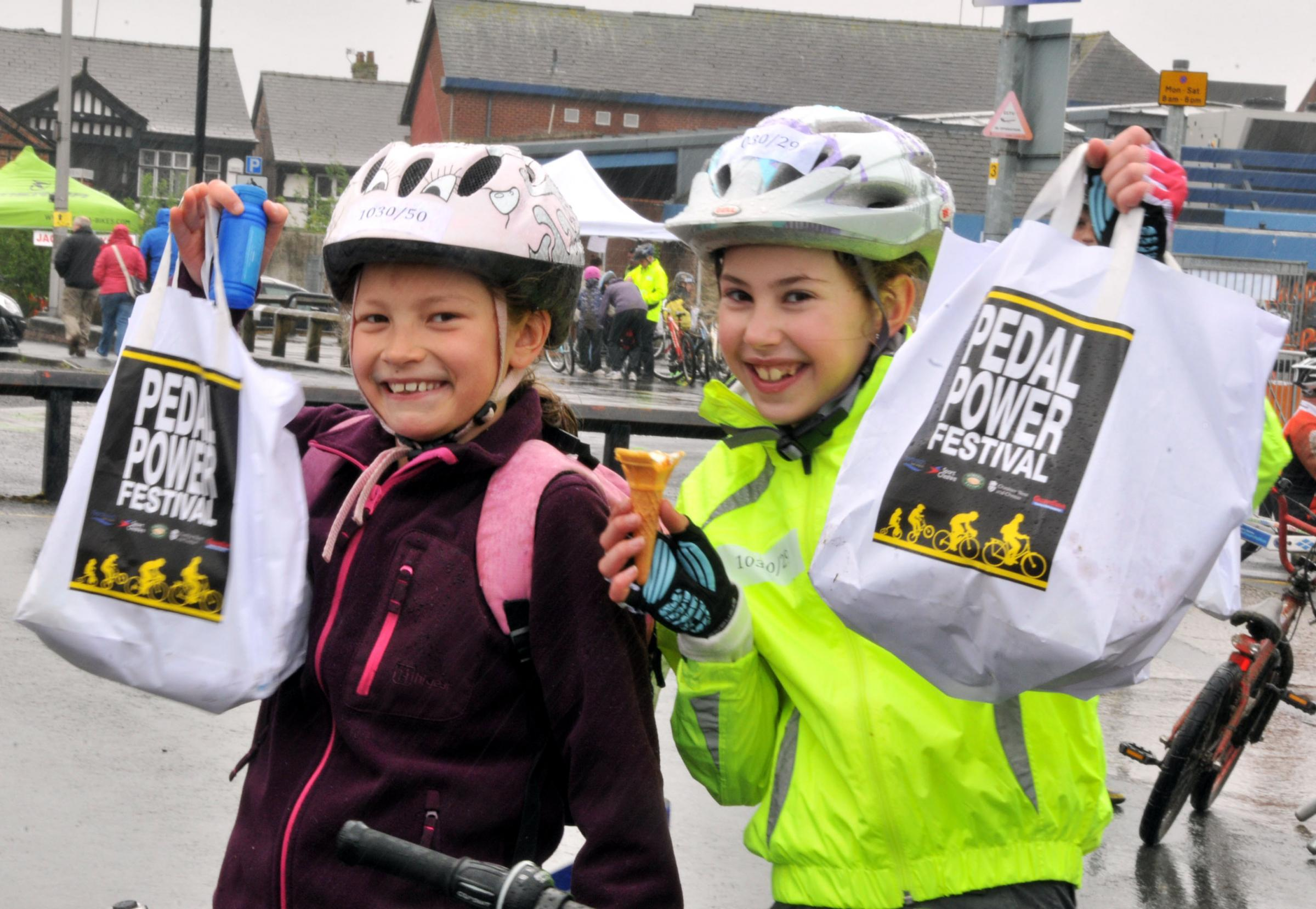 Northwich Guardian: Children pick up their Pedal Power goodie bags