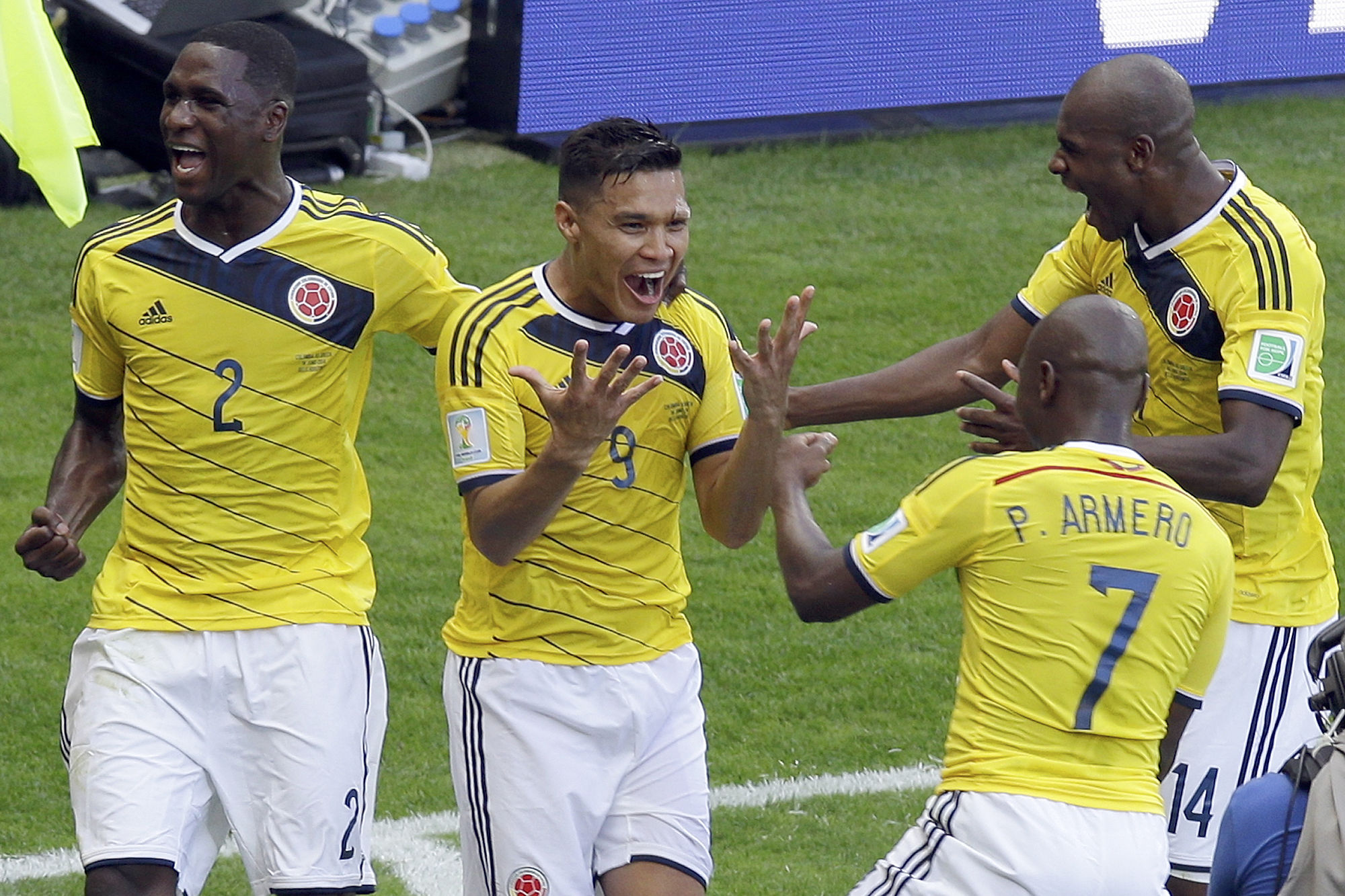 Colombia ease to victory over Greece