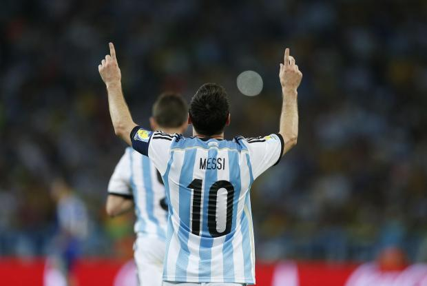 Brilliant Messi leads Argentina to victory