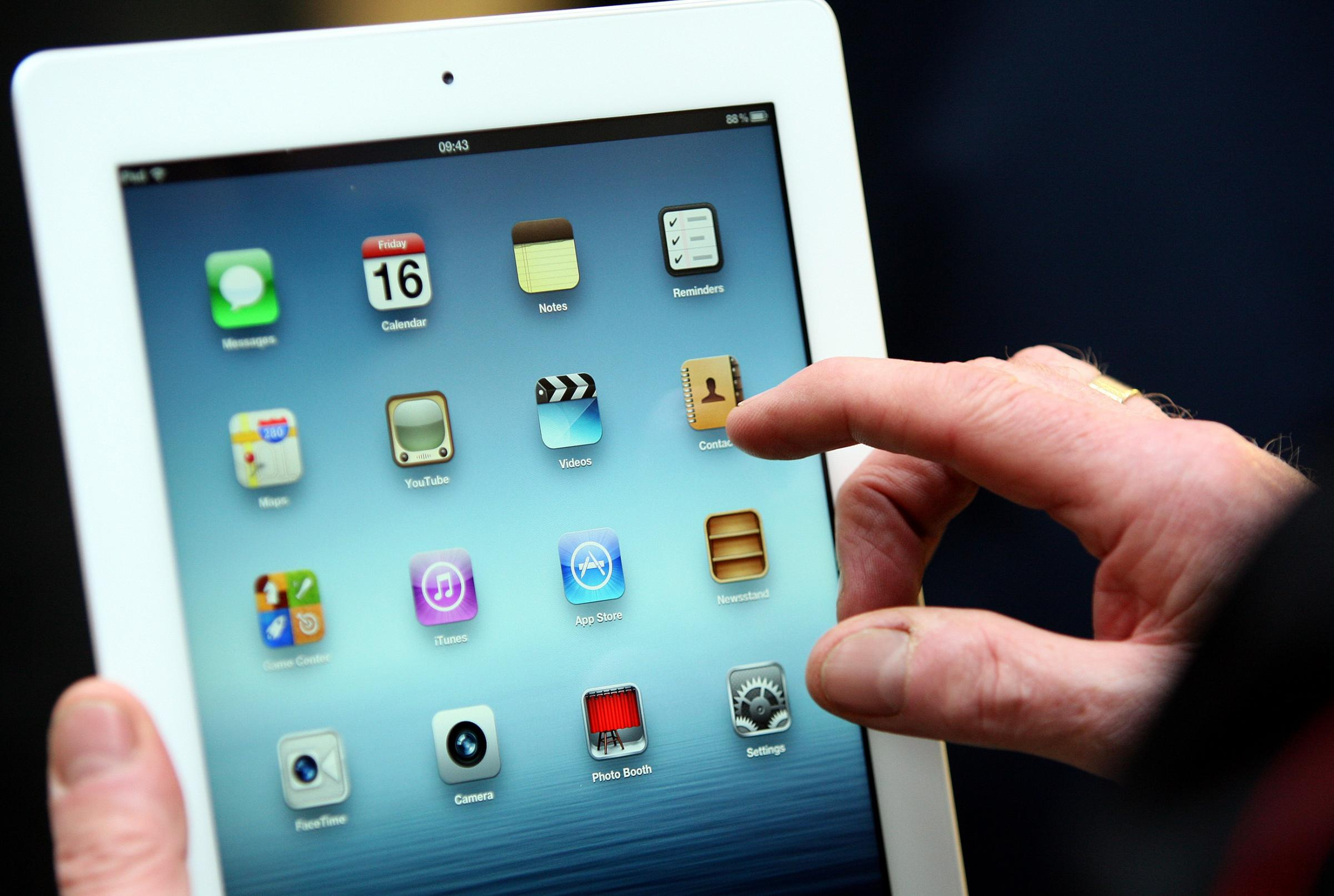 Police to bid for iPads on the beat