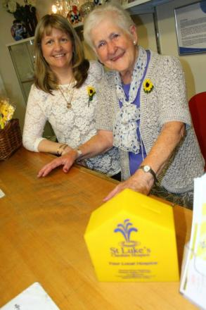 Susie Derbyshire and Jean Lewis from the St Luke's Hospice Shop M142620