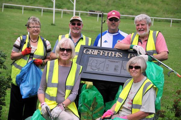 Northwich Guardian: Members of Northwich Clean Team tackle Griffiths Park in Rudheath.
