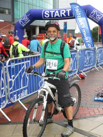 Mic Hollis prepares for the start of the Manchester to Blackpool charity cycle ride