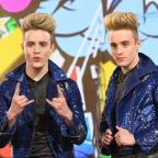 Northwich Guardian: Jedward offer flawless logic for why the CBB toilet is a mess...then get back to eating a strawberry