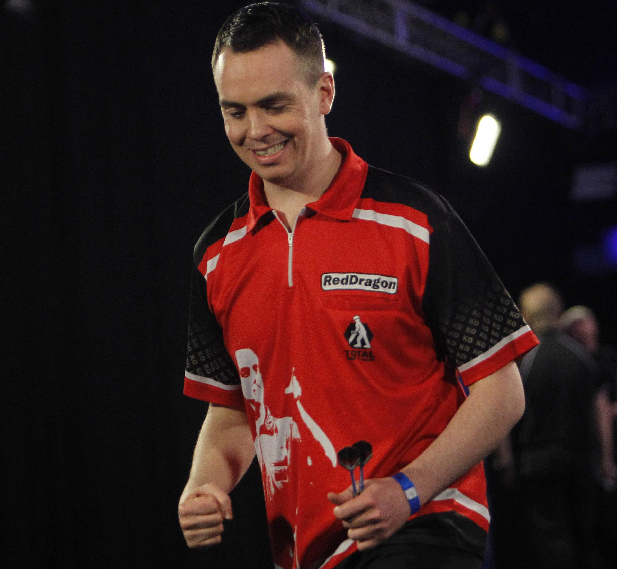 Stuart Kellett remains in the running for a Players' Championship finals place after reaching the last 16 of a qualifier in Wigan on Saturday. Picture: Lawrence Lustig/PDC