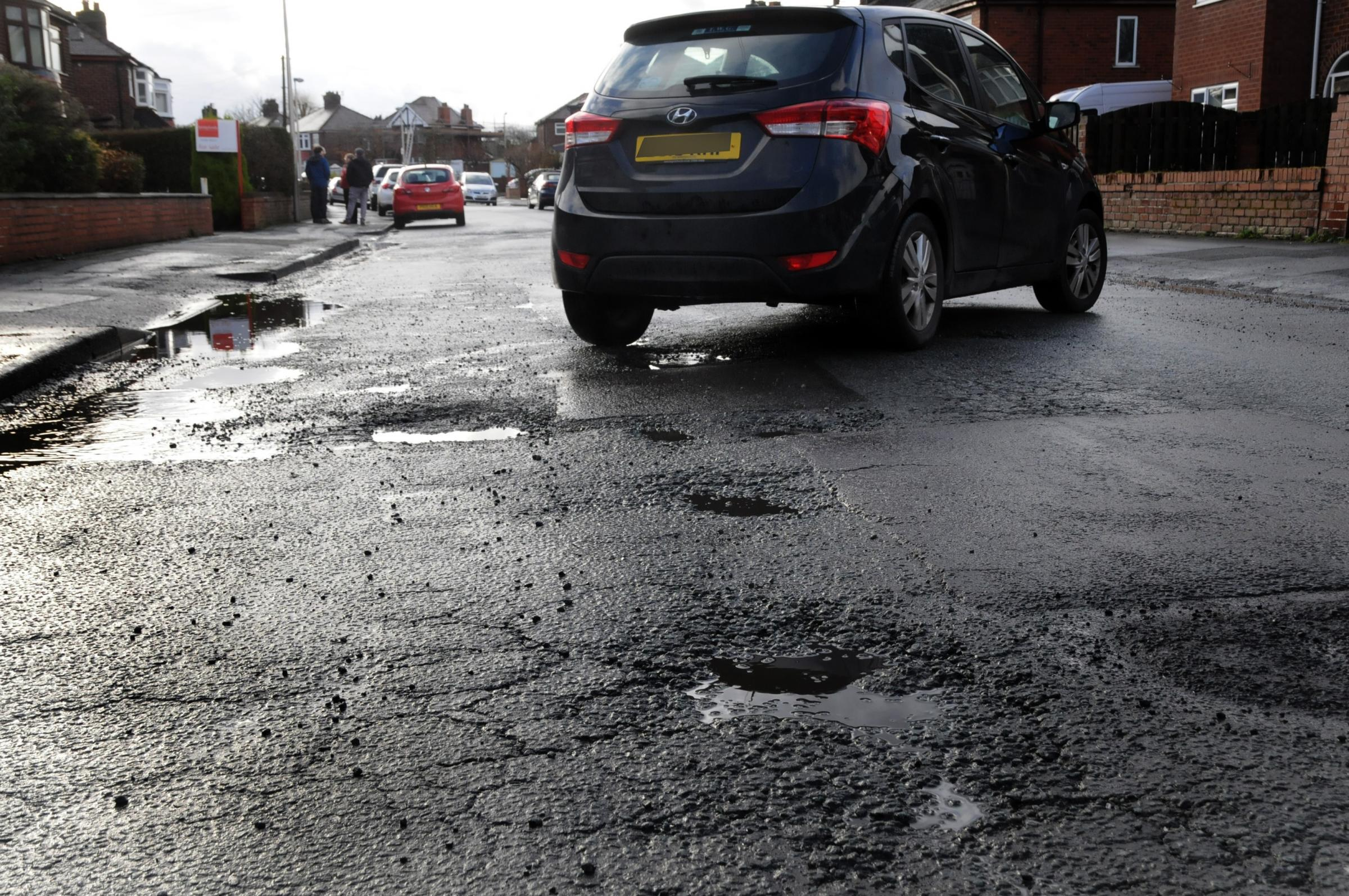 Government to spend £8 million on repairing Cheshire's roads