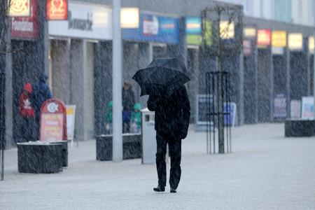 Ice warning as Met Office predicts showers of rain, hail and sleet