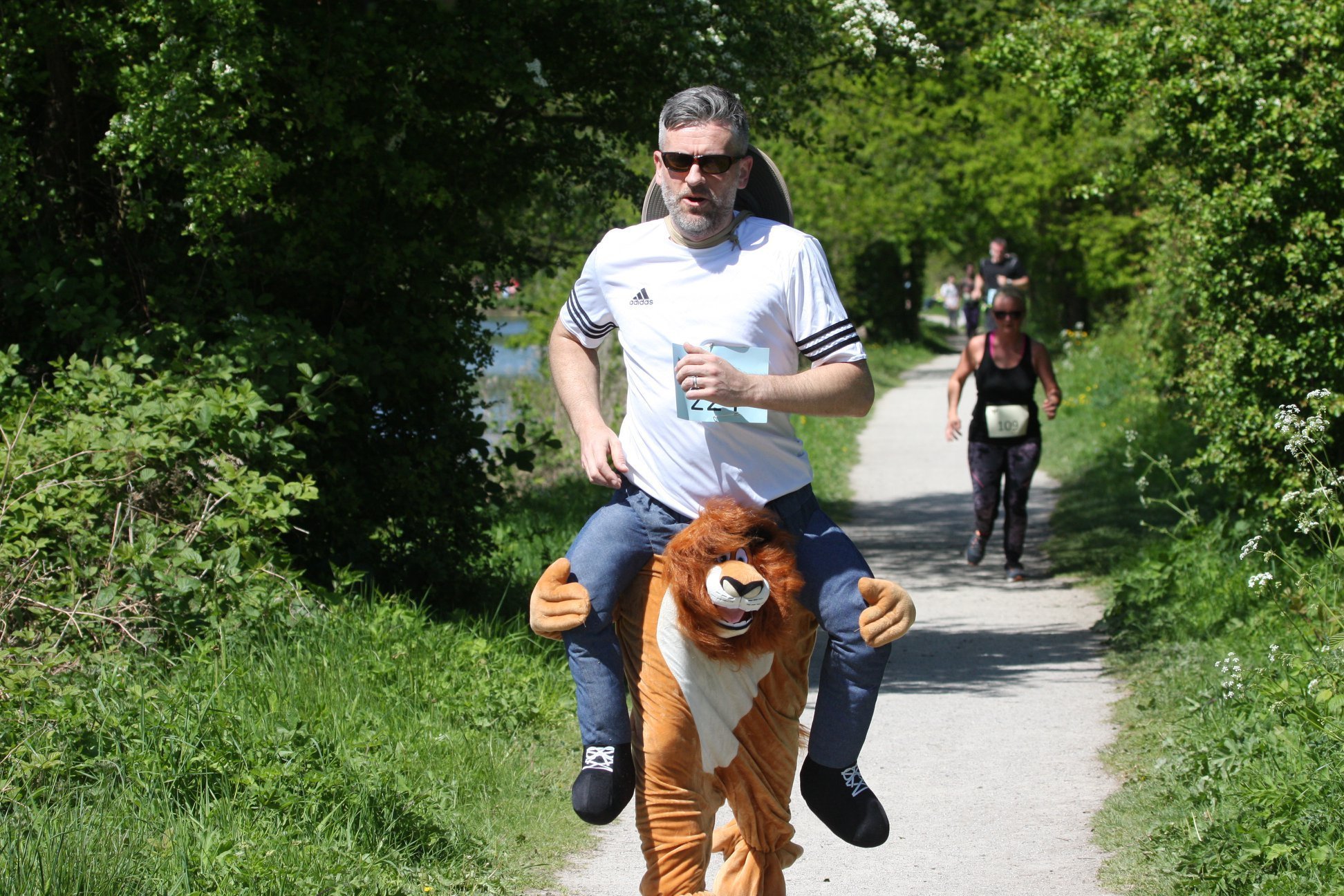 Andy Jones of The Lion was the fastest runner in fancy dress. Photo by Ron Roberts