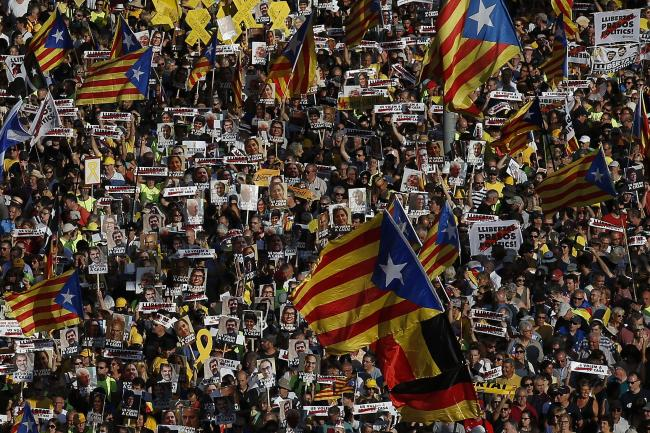 Spanish court drops extradition bid against Catalan leaders
