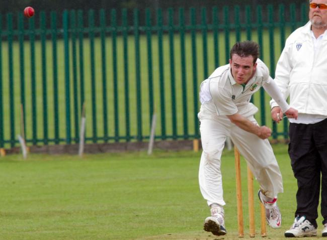 SPORT Cricket Barnton v Oakmere 20th July 2015 Matt Norton bowling for oakmere