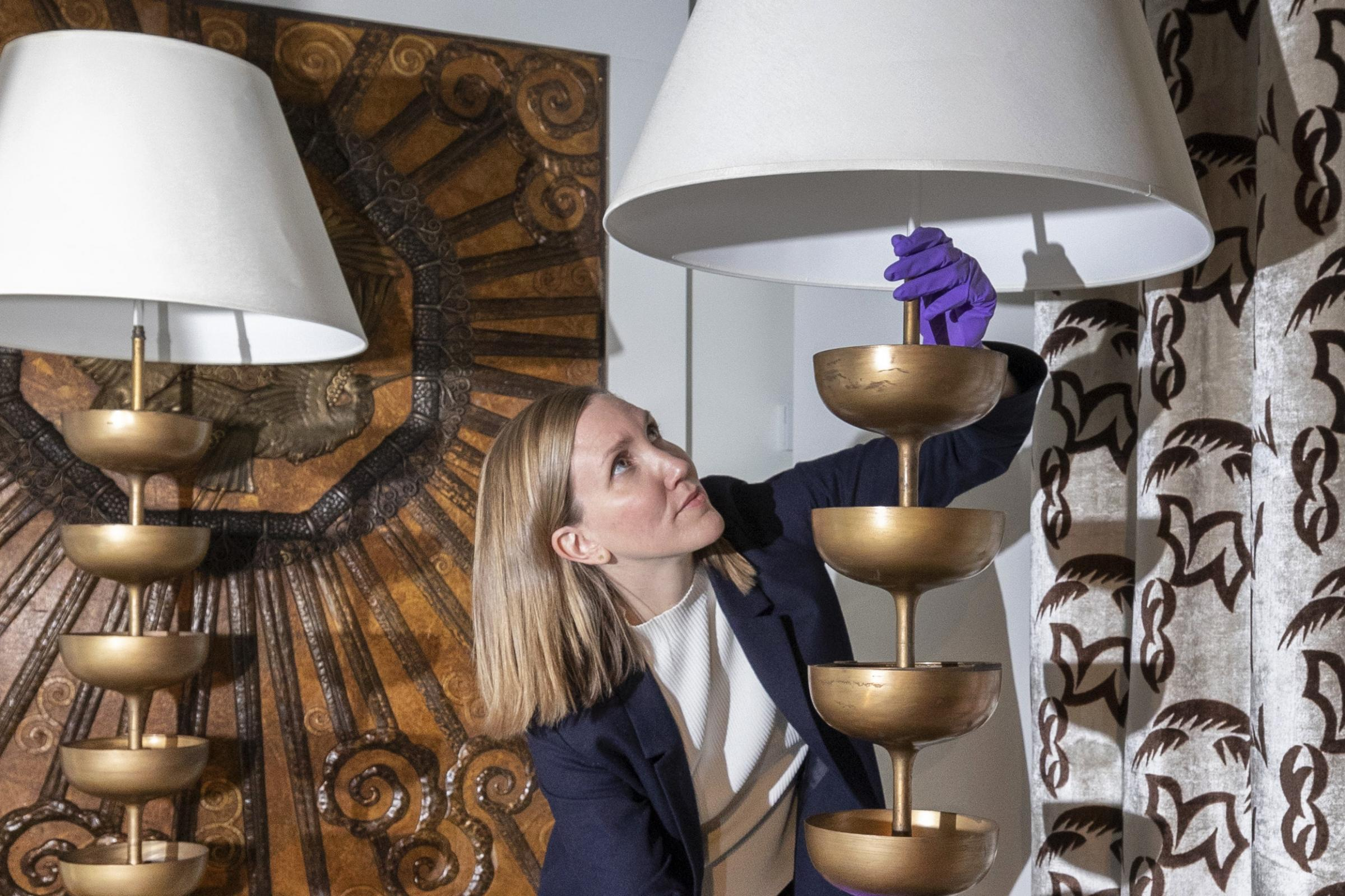 Salvador Dali's 'erotic' lamps get V&A home after being saved for nation