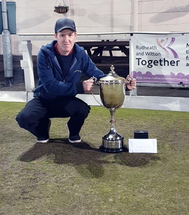 Tom Vickers, from Winsford, got his hands on the Rudheath Spring Open title for the first time following a 21-12 victory against Wharton Cons teammates Daniel Nixon in Saturday's final