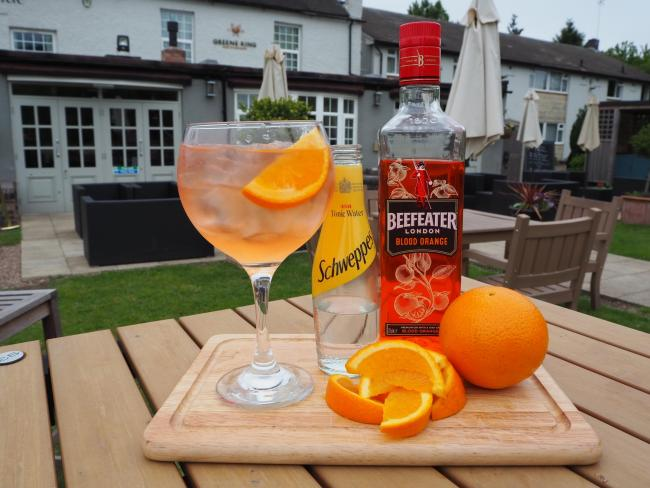Free gin offered to customers who bring an orange to the Cuddington pub